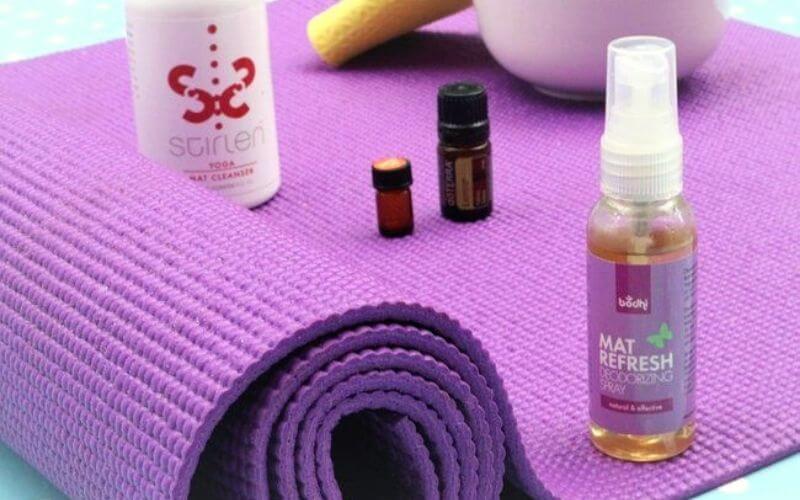 Clean Yoga Mat